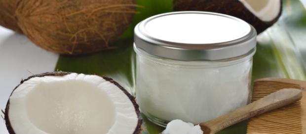 Coconut Oil: Your New Best Friend - Blogs - healingradius.com