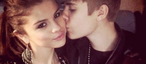 Selena Gomes diz que ama Justin