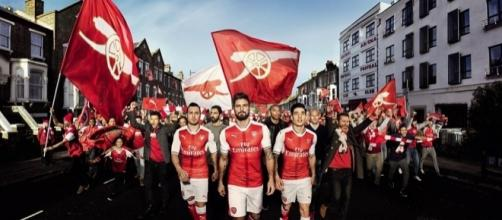 Arsenal unveil new home kit for the 2016-17 campaign - dailymail.co.uk
