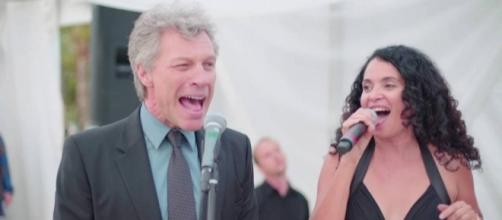 Bon Jovi Is Forced To Sing 'Livin' On A Prayer'