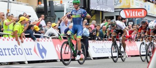 El australiano Michael Matthews superó a Peter Sagan y logró su primera victoria en el Tour de France