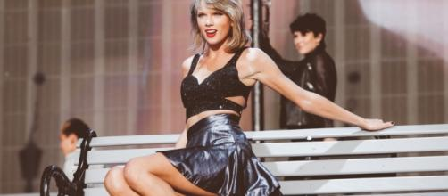 Katy Perry, One Direction and Taylor Swift on Forbes' new Top 100 ... - thelineofbestfit.com