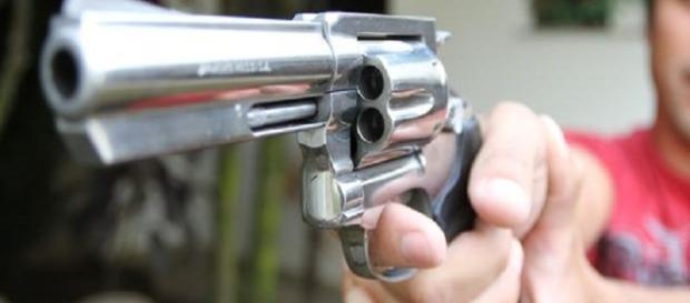 Aprovado texto do projeto de lei que libera o porte de armas