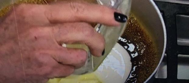 Imagem tirada da internet, onde mostra a mosca na receita