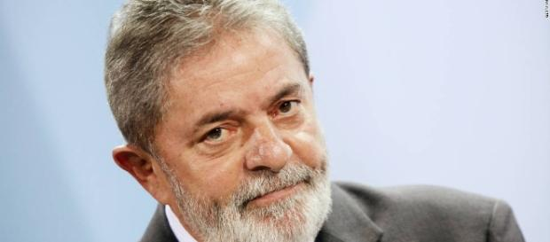 Luiz Inácio Lula da Silva ironiza Lava Jato