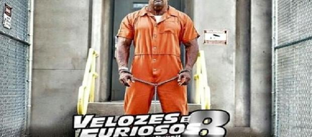 Personagem Hobbs durante as gravações de Fast 8