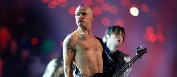 Red Hot Chili Peppers' Flea Explains His 'Miming' at the Super ... - rollingstone.com