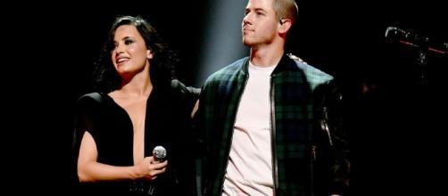 Demi Lovato e Nick Jonas vêm ao Brasil em outubro
