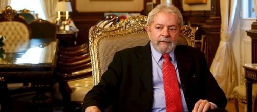 Lula planea su candidatura presidencial para el 2018