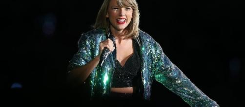 Taylor Swift Is The World's Top-Earning Celebrity With $170 ... - forbes.com