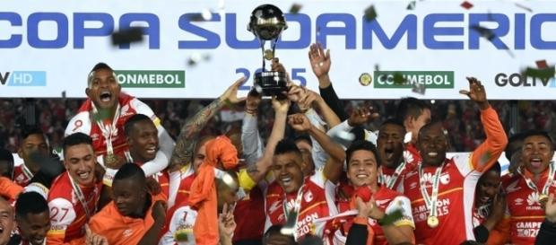 Independiente Santa Fé (COL), campeão da Sul Americana 2015
