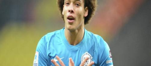 il centrocampista belga Axel Witsel
