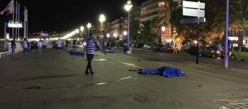 Le immagini dell'attentato di Nizza