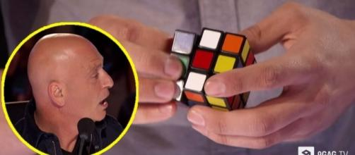 Magician Blows Minds With Unbelievable Rubik's Cube tricks On ... - 9gag.com