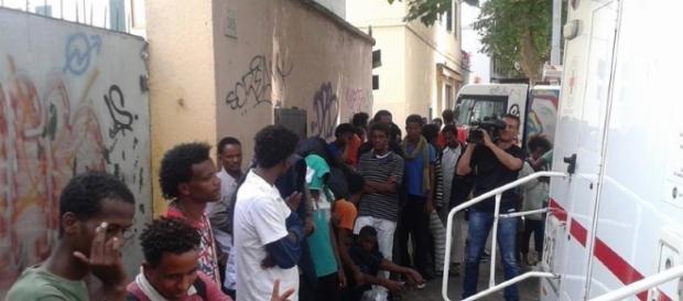 A Roma i genitori boicottano una scuola perché confina con un centro per richiedenti asilo. (Foto di repertorio)