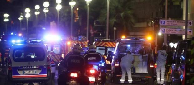 Attentat à Nice : plus de 80 morts, Société - lesechos.fr