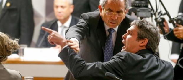 Caiado e Lindbergh discutem durante sessão no Senado