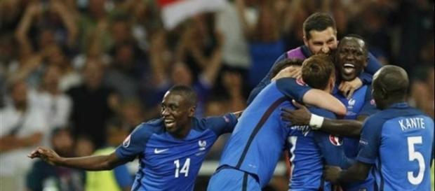 França tem sido alvo de graves acusações