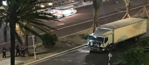 Imágenes del camión después de haber sido neutralizado,