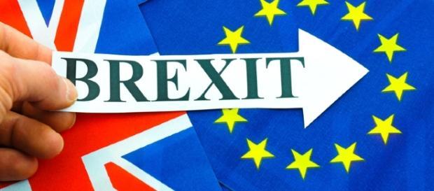 În cel mai scurt timp, Marea Britanie va ieşi efectiv din UE