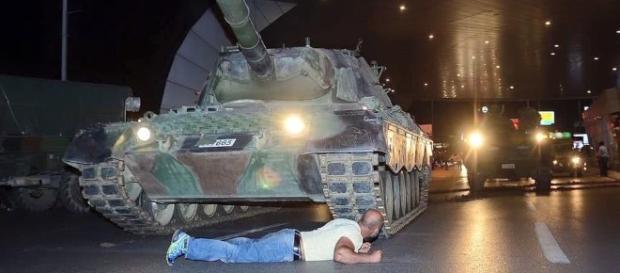 Lovitura de stat militară din Turcia a eșuat