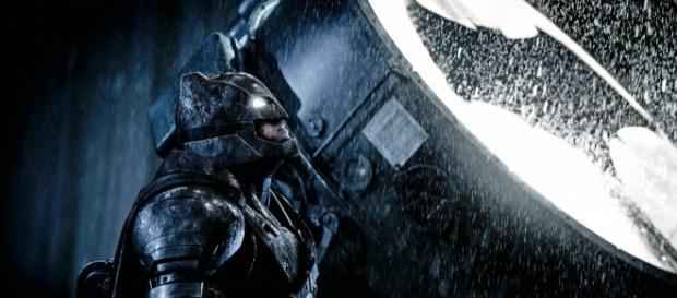 RUMOR: Warner Brothers Wants a Ben Affleck Solo 'Batman' Trilogy - omegaunderground.com