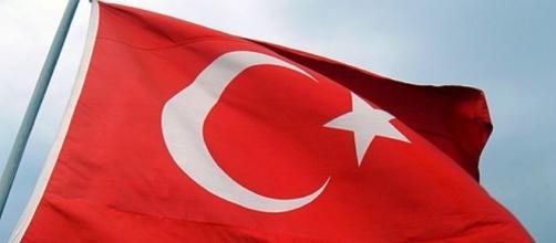 La bandiera ufficiale della Turchia.
