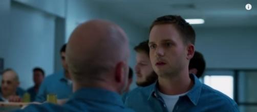 Mike Ross won't find prison easy in 'Suits' Season 6 (Image from YouTube/https://youtu.be/3FUtwuzvsK4)