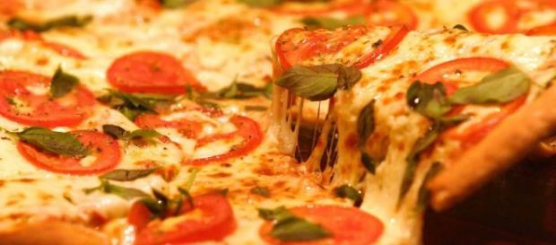 Deliciosa pizza para saborear no dia dia