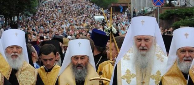 Pielgrzymka, pokojowa manifestacja zmierza do Kijowa