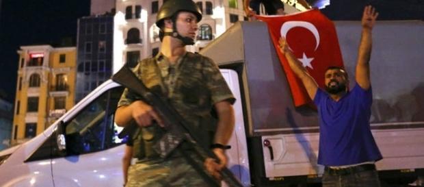Soldado na Turquia (Foto:Murad Sezer/Reuters)