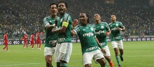 Zé Roberto será titular no Beira-Rio