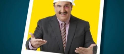SBT divulga comunicado convocando Ratinho ao trabalho