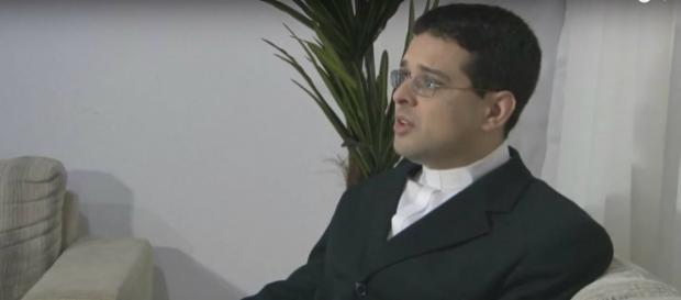 O pastor presbiteriano Alexandre Cabral. Imagem: reprodução YouTube