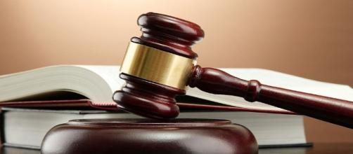 Avvocati: ritiro del proprio fascicolo senza l'autorizzazione del giudice.