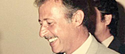 Paolo Borsellino-Magistrato siciliano antimafia. Uno dei pochi scatti in cui sorride...