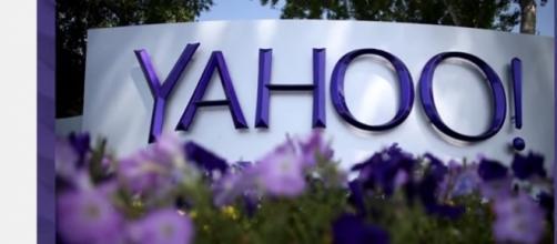 Yahoo office-Via YouTube screenshot