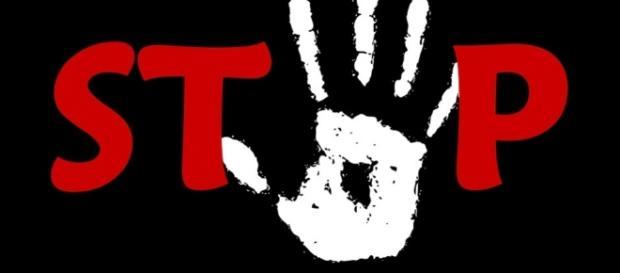 Cava de' Tirreni, violenza sessuale contro 17 enne
