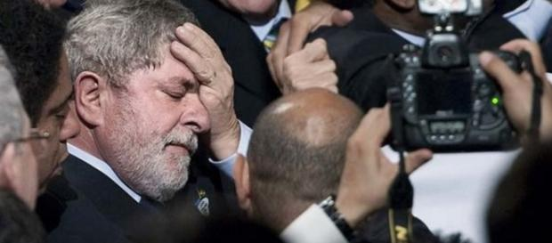 Lula é defendido e PT punido - Imagem/Google