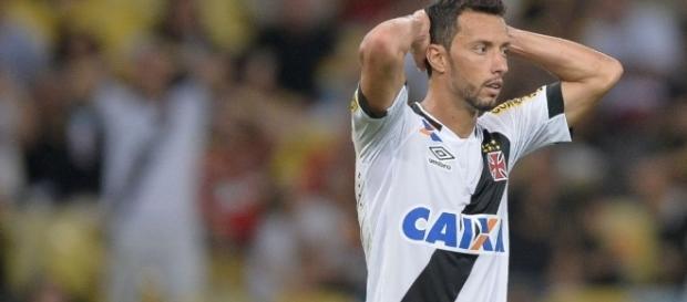 Nenê desfalca o Vasco contra o Santa Cruz.