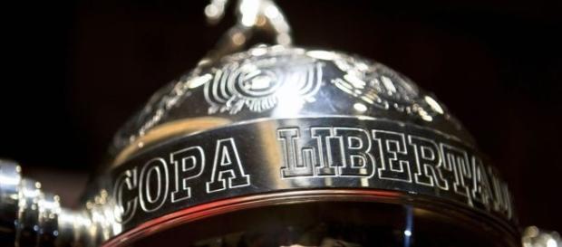 Jogo de ida da decisão da Libertadores acontece no Estádio Olímpico Atahualpa, em Quito, no Equador