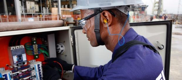 Profissão de Técnico em Elétrica