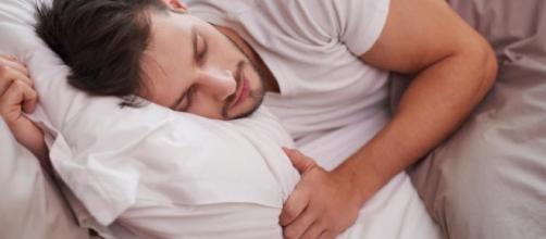 Gli effetti del sonno sul diabete negli uomini.