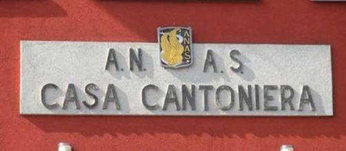 Foto di una casa cantoniera dell'ANAS