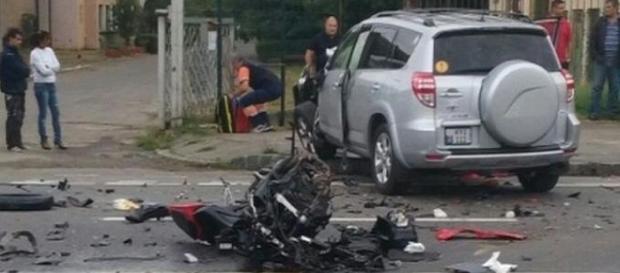 Doi tineri şi-au pierdut viaţa într-un tragic accident la Braşov