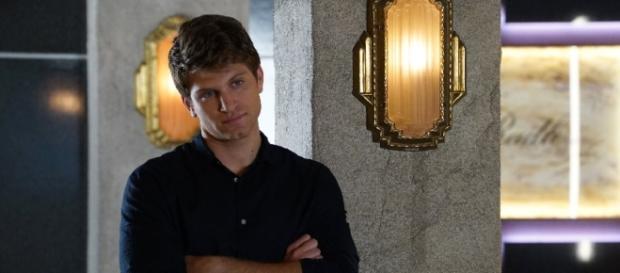 Há suspeitas de que Toby morrerá no episódio 10 (Foto: Freeform/Divulgação)