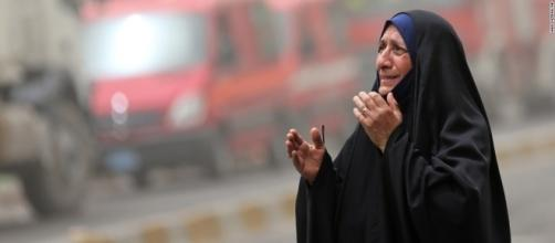 Baghdad car bombs kill 200 - CNN.com - cnn.com
