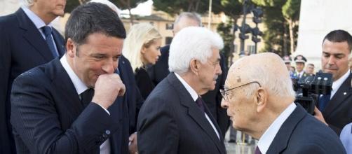 Il premier Matteo Renzi con l'ex Capo dello Stato, Giorgio Napolitano