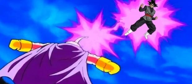 Black contra Majin Buu en Dragon Ball Super.