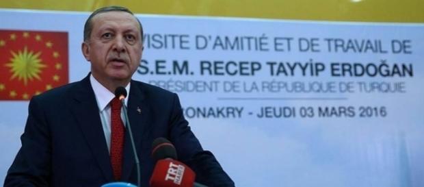 Com a medida, Erdogan poderá criar leis sem precisar de aprovação parlamentar (Foto: Presidência da República da Turquia 03/03/2016)
